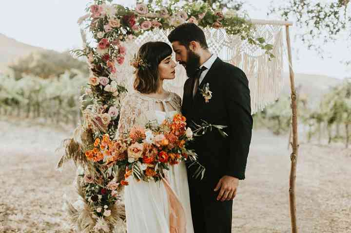 ramo de novia alargado para boda boho