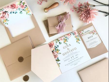 Invitaciones para bodas en verano, ¿qué colores y elementos usar?