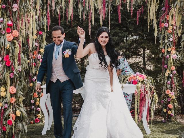 10 ideas para agregar color a su boda, ¡todo es posible!