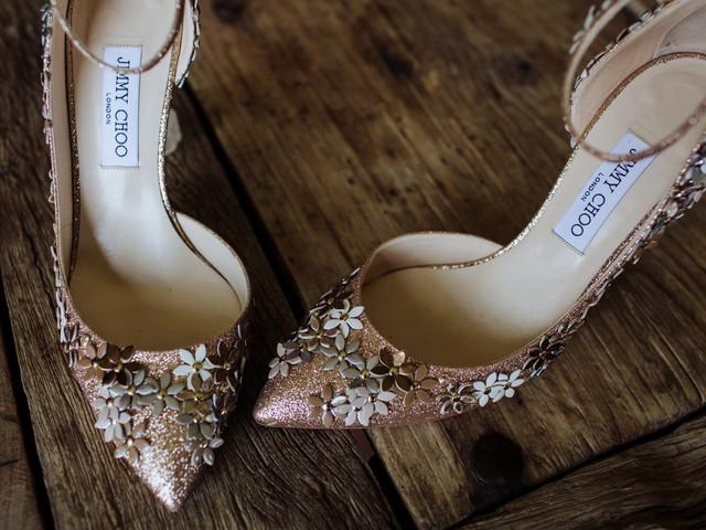 15 zapatos de Jimmy Choo para novias que quieren brillar