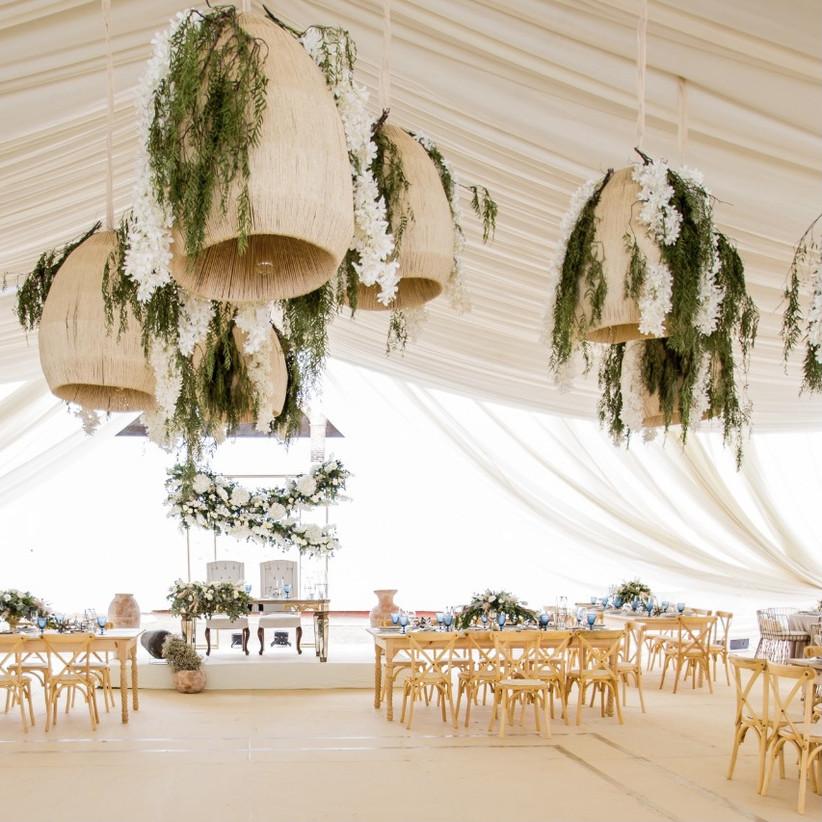 lamparas de ratán para boda boho