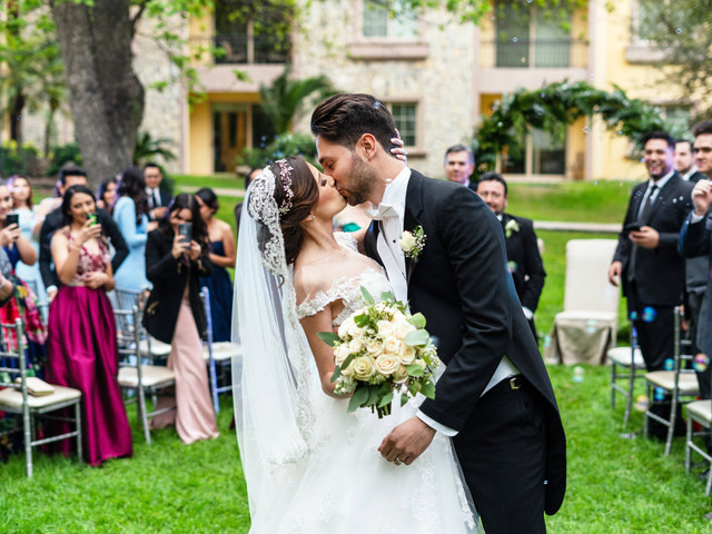 ¿Se pueden casar por lo religioso fuera de una iglesia?