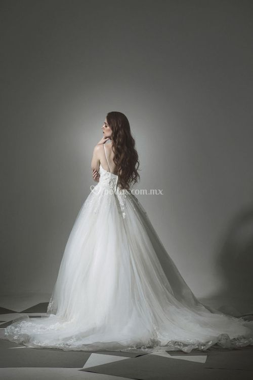 12, Tiscareno Bridal Couture