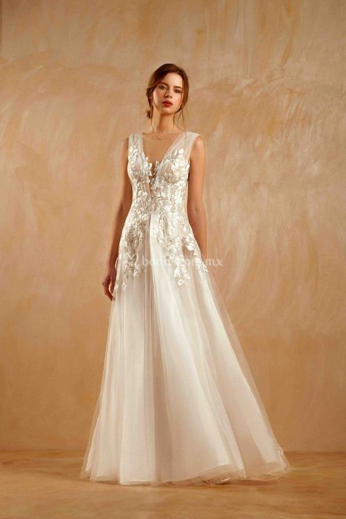 IV1300, Beside Couture By Gemy
