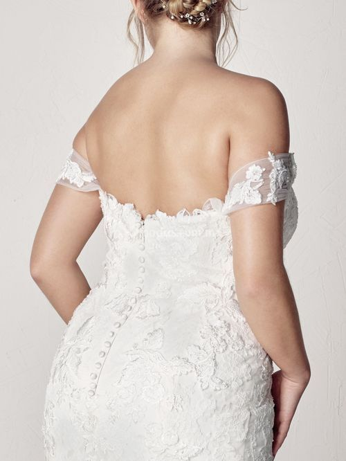 EXTREM PLUS, Pronovias