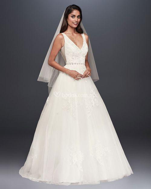 8000915, David's Bridal