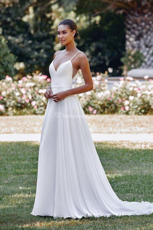 44118, Sincerity Bridal