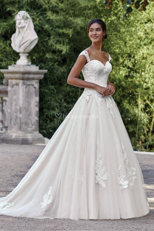 44141, Sincerity Bridal