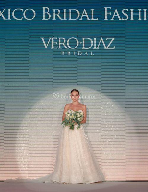 v 005, Vero Diaz