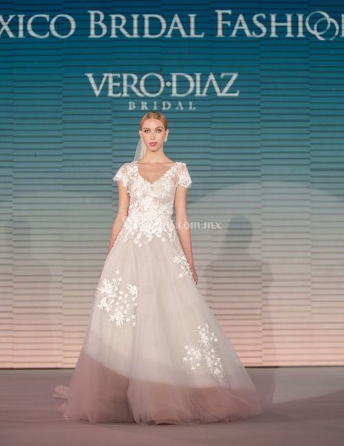 v 008, Vero Diaz