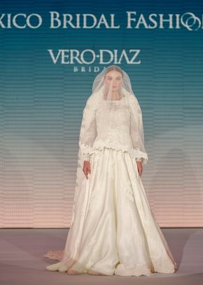 v 025, Vero Diaz
