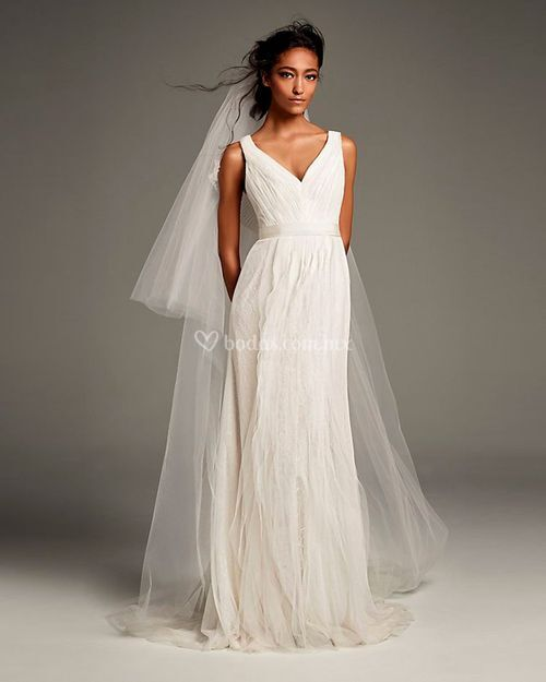8002040, David's Bridal: White By Vera Wang