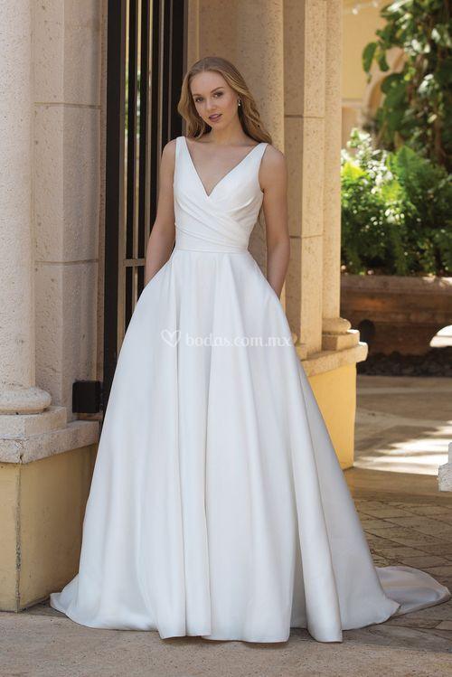 44080, Sincerity Bridal