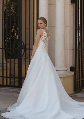 44087, Sincerity Bridal