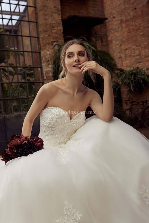 211-01, Miss Kelly By The Sposa Group Italia