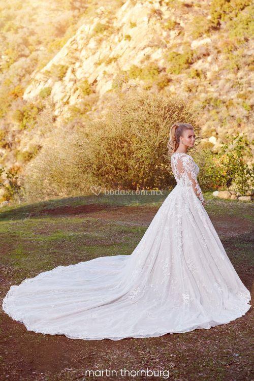 220281, Mon Cheri Bridals
