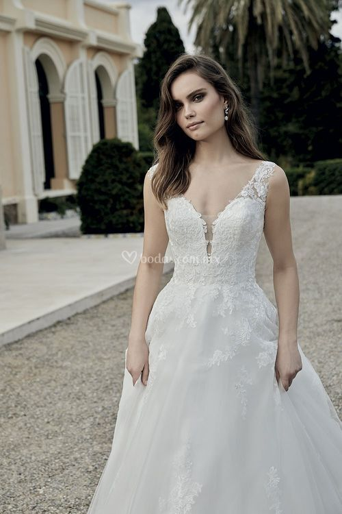 221-18, Miss Kelly By The Sposa Group Italia