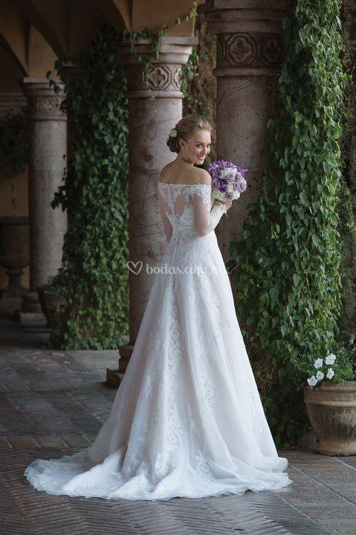 4024, Sincerity Bridal