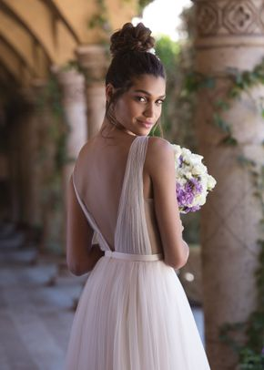 4031, Sincerity Bridal