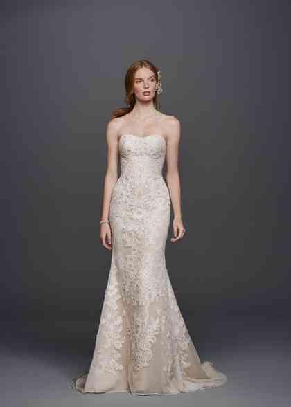 8000095, David's Bridal: Oleg Cassini