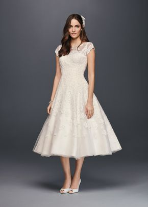 8000328, David's Bridal: Oleg Cassini
