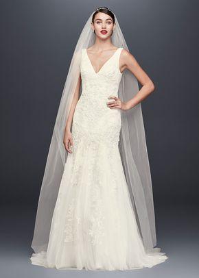 8001043, David's Bridal: Oleg Cassini