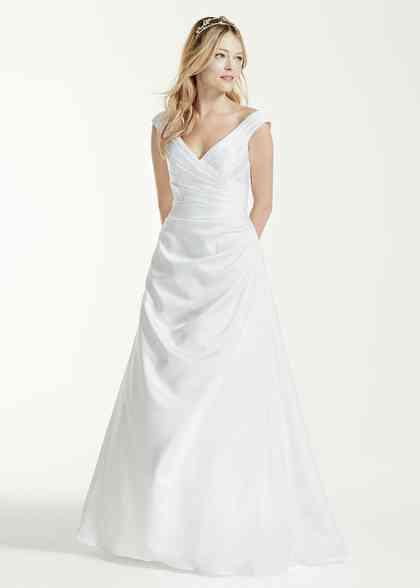 8000476, David's Bridal