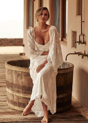 loyola sleeve silk, Grace Loves Lace