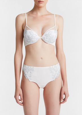 MOONLIGHT b, La Perla