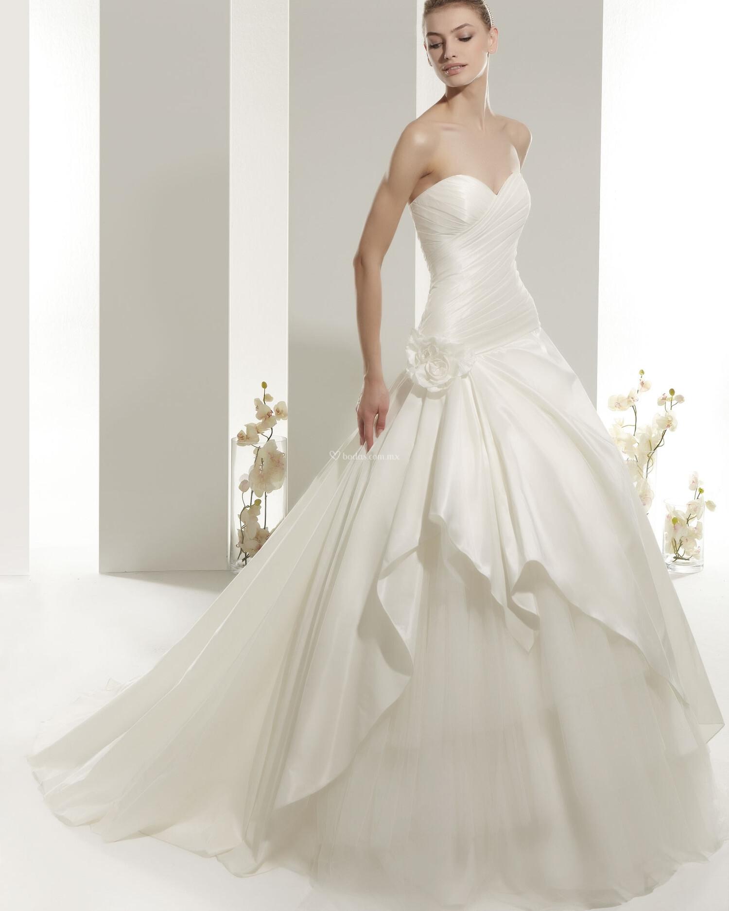 Los 10 vestidos de novia más gustados 2014 - Foro Moda ...