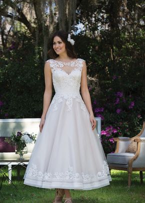 44137, Sincerity Bridal