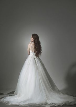 12, Tiscareno Bridal Couture
