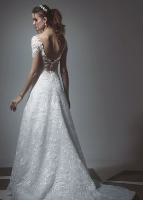 17, Tiscareno Bridal Couture