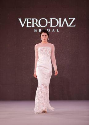 v 001, Vero Diaz