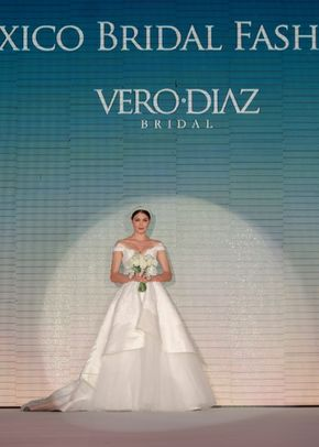 v 010, Vero Diaz