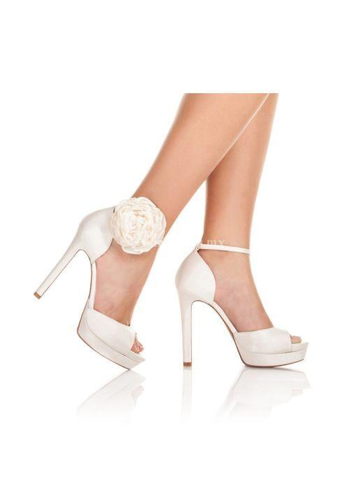 zapato de novia pura lopez: