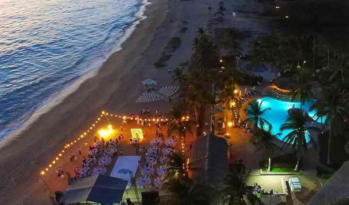 Vista aérea club de playa