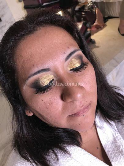 Maquillaje en proceso