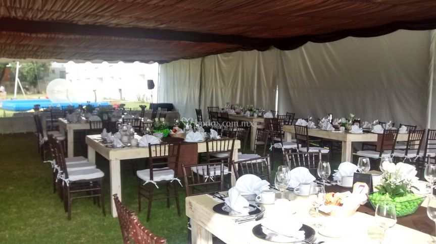 Amplio jardín para eventos