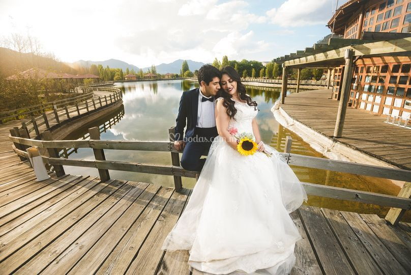 Pili & Tadeo trash the dress