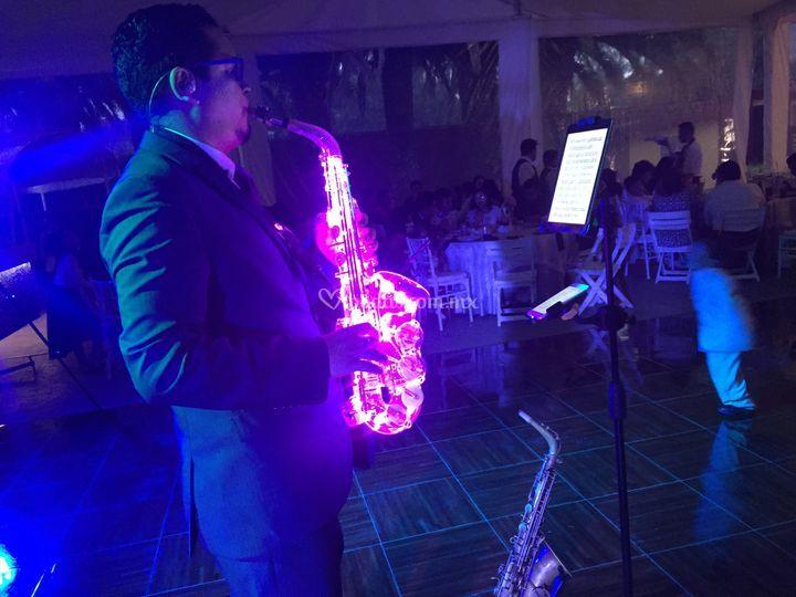 Saxofón LED