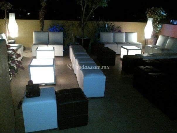 Salas Lounge blanco con negro