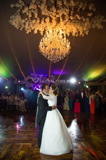 Primer baile marido y mujer