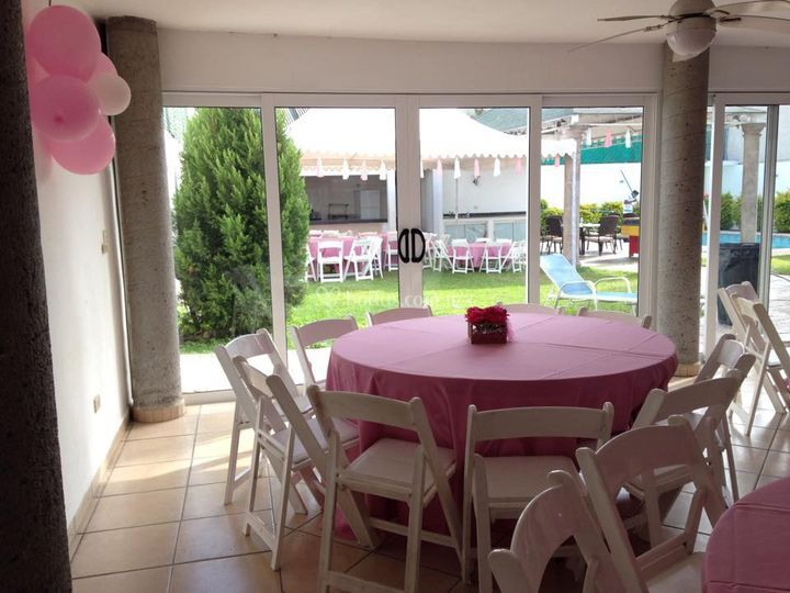 El patio for Capitolio eventos jardin