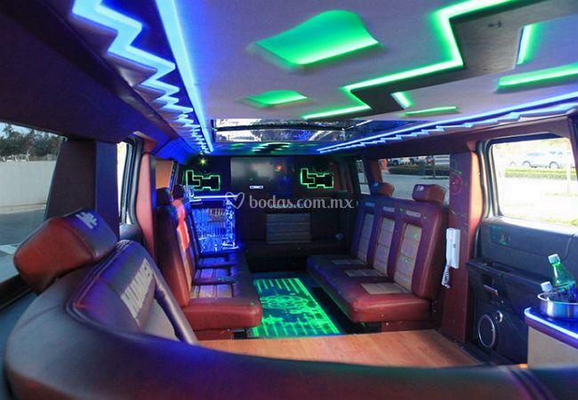 Interior limo hummer blanca