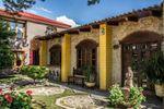 Fachada restaurante de Hacienda de Flores