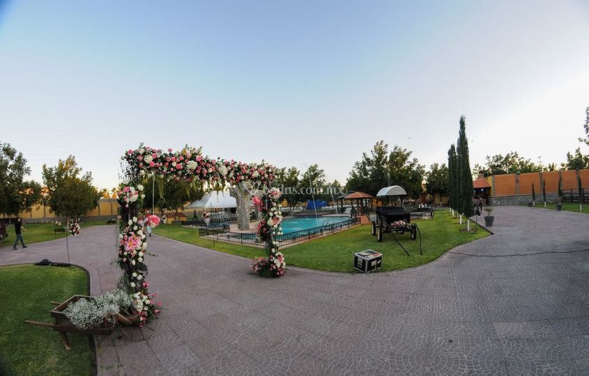 Hacienda flor de nogal for Cd market galeria jardin