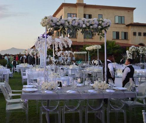 Oskar Escalante Wedding & Event Designer