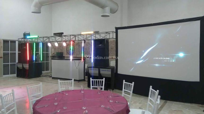 Audio e iluminación pantalla