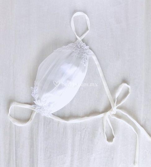 Cubrebocas novia bordado
